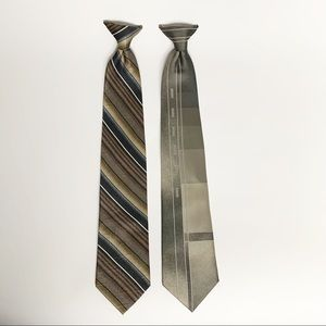 Puritan clip on ties. Looks professional.